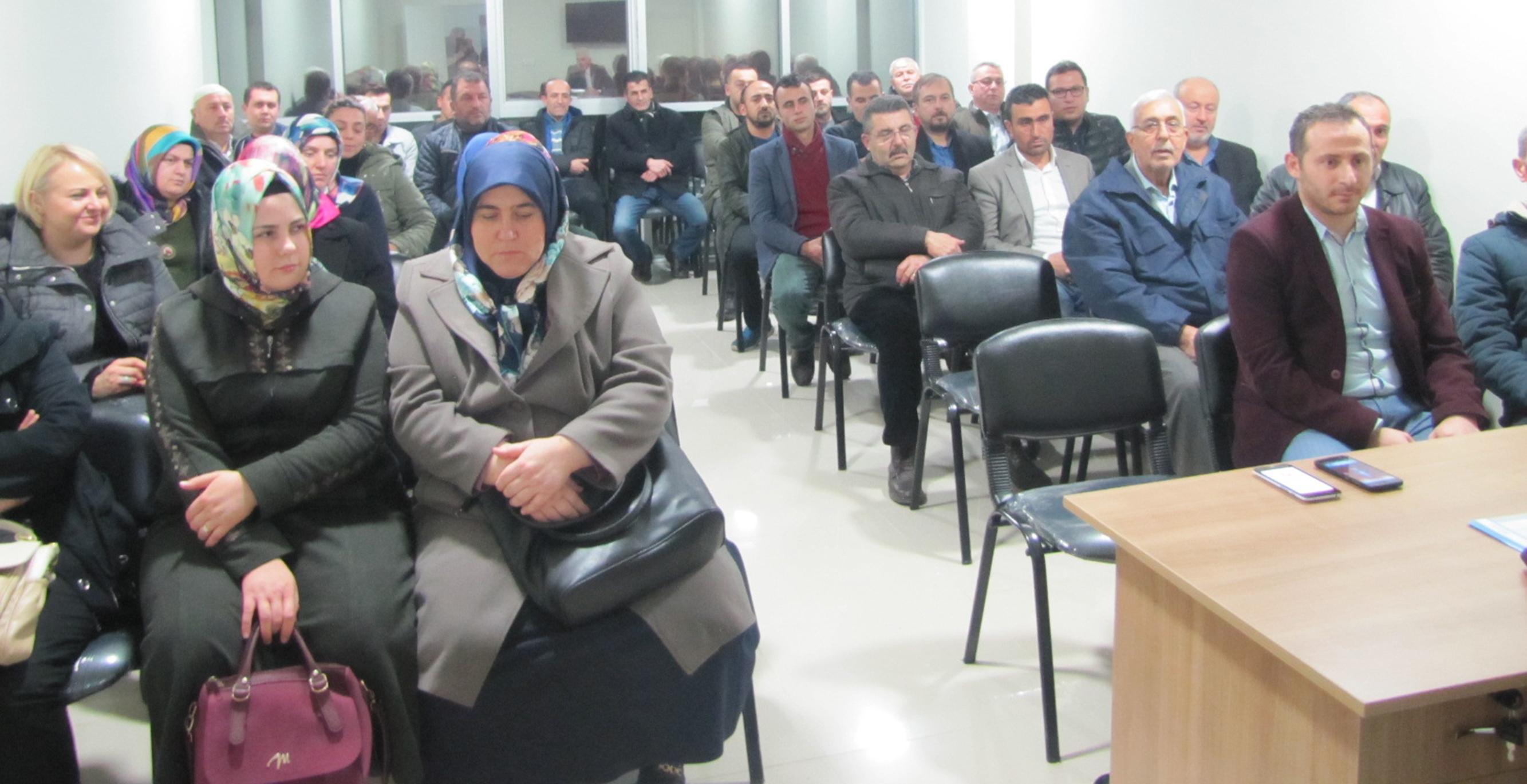 İYİ Parti Vezirköprü'de İlk Toplantısını Yaptı