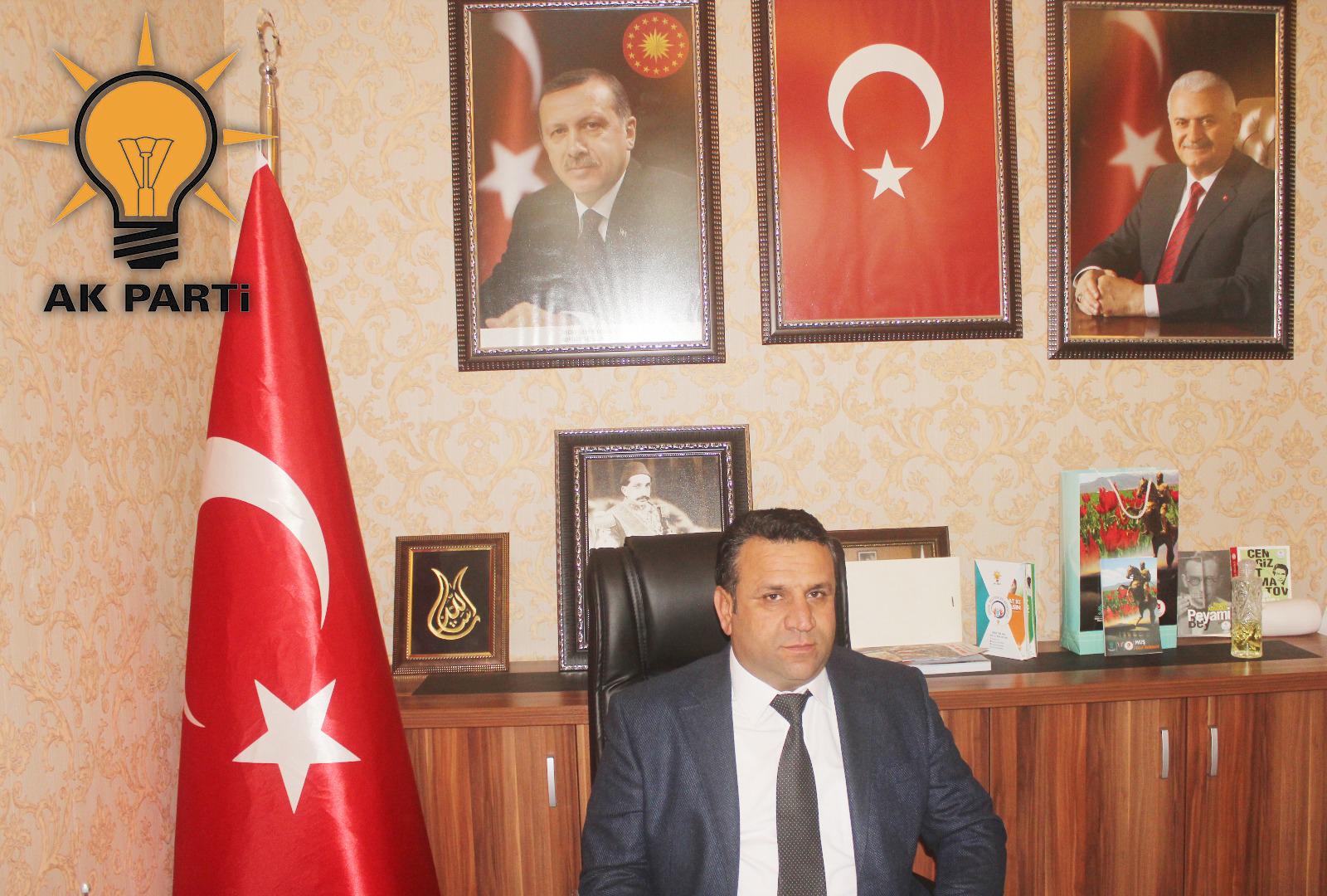 """AK Parti İlçe Başkanı Mehmet Kurt; """"Yeni Yılınız Kutlu Olsun"""""""