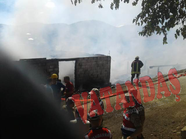 Son Dakika! Kızılkese'de Yangın