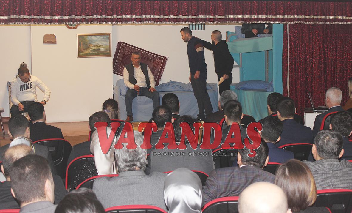 Vezirköprü Cezaevinde Tiyatro Gösterisi