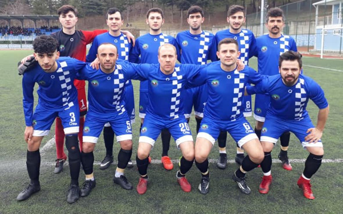 Deplasmanda 1453 Fetihspor'u 3-2 geçen takımımız, Pazar günü evinde Genç Bafra'yı 3'ledi. Esnaf Sanayi haftayı kayıpsız kapattı.