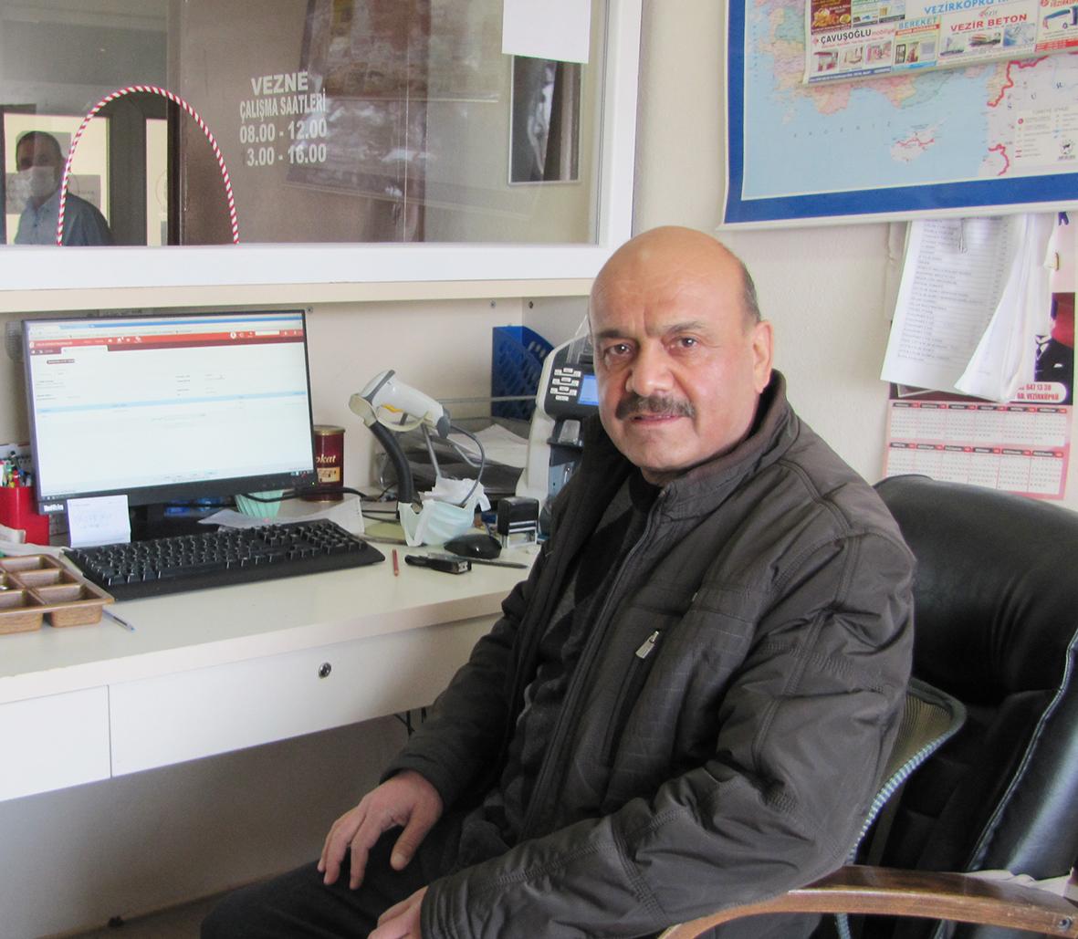 Vezirköprü'de göreve başladı, Vezirköprü'den Emekli Oldu