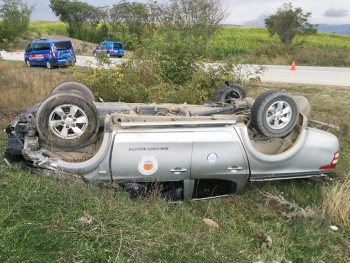 İtfaiye personellerini taşıyan  Servis Aracı  Kaza Geçirdi